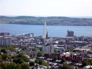 Der letzte Tag in Dundee nach Verlassen meiner alten Wohnung ging es noch einmal durch die Stadt und zum Muffin Break