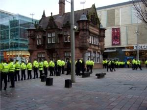Die Polizei von Strathclyde am St Enoch Center in Glasgow